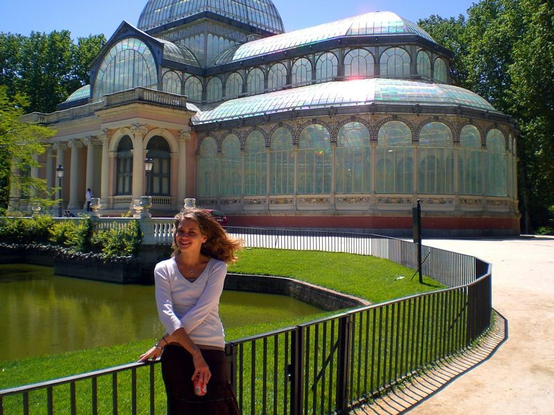 Lindsey at the Palacio de Cristal
