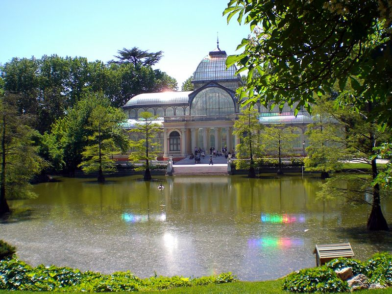 Palacio de Cristal, from across the pond