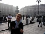 Lindey at Piazza Duomo