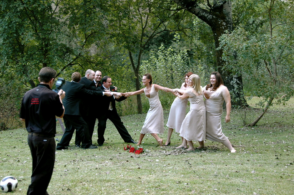 The bestmen and bridemaids having some fun