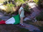 Suzanna and the italian flag