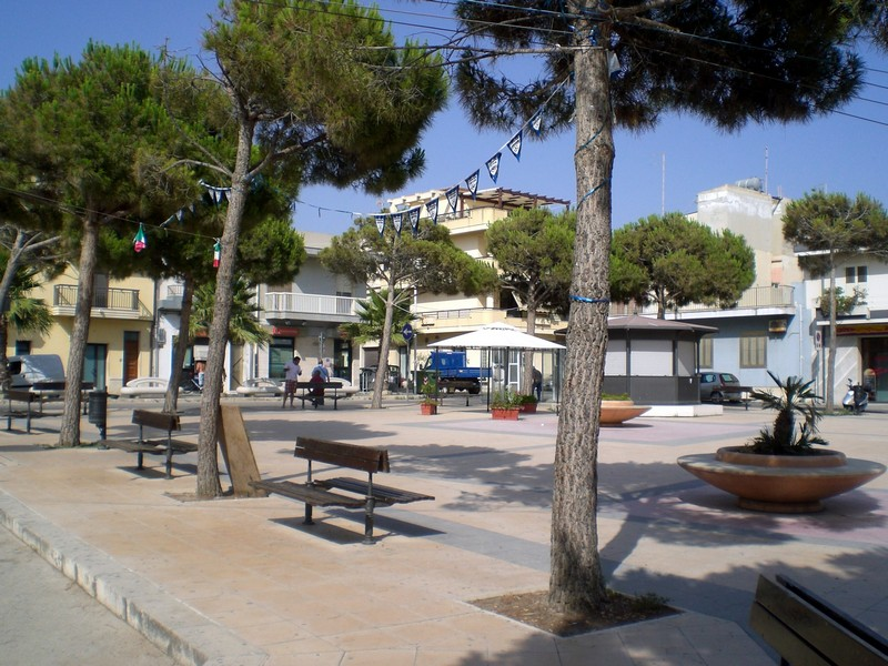 The main piazza. The are all relaxing at home