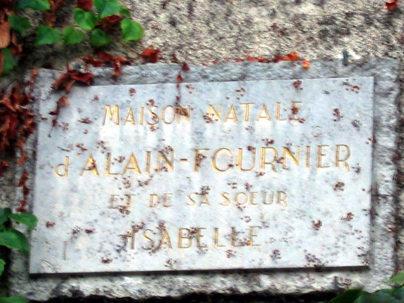 Here Fournier was born many year ago.