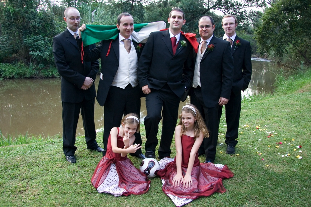 The bestmen with the flower girls